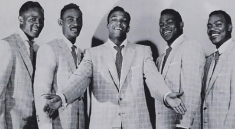who did it best the drifters vs the temptations white christmas poll - When Did White Christmas Come Out